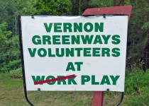 greenways_play_sign